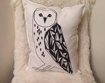 OWL monochrome pillow, monochrome owl cushion, black and white pillow, geometric pillow, bird throw pillow, kids room decor, modern pillow