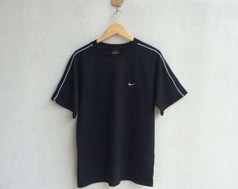 Vintage 90's Nike T-Shirt Embroidery Small Logo