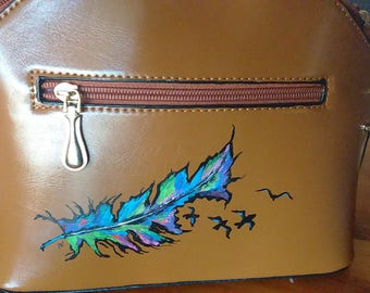 Handbag medium size, hand painted feather