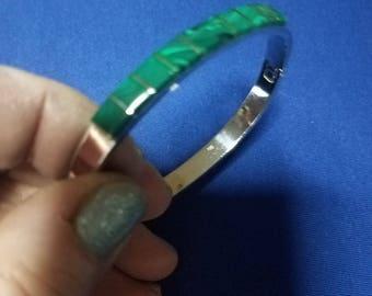 Beautiful Emerald, Open Hinged Bracelet. 925 sterling silver