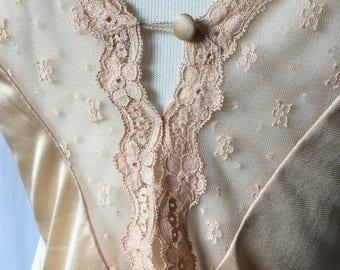 1970s Vintage Vanity Fair Nylon and Lace Camisole