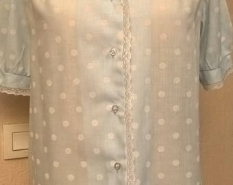 Short-sleeve shirt in blue and white polka dot cotton