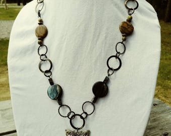 Handmade loop chain neckless with butterfly pendent.