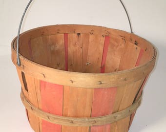 Primitive Old Apple Orchard Basket with Metal Handle Vintage Retro Old Shabby Farm Chic Decor