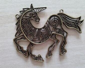Unicorn, bronze antique, Tibetan style links