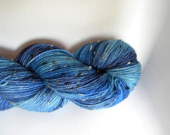 Cornflower BFL Tweed Sock Yarn