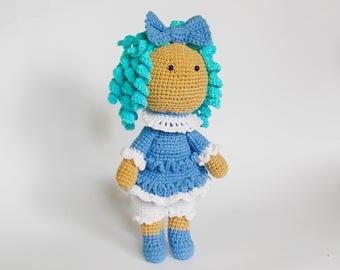 Amigurumi crochet pattern doll Malvina