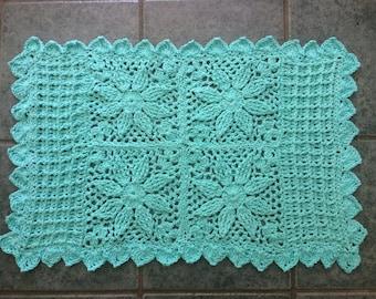 4 flower rug pattern