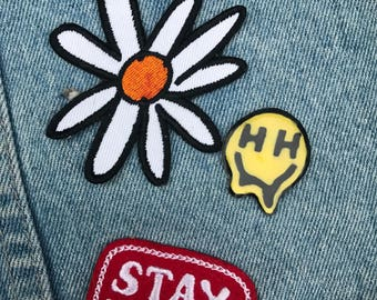 Happy Hippie Pin (Melting)