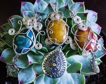 Healing Crystal Dangle PendantsHealing Crystal- Crystal Healing- Boho/ Indie Style- Fun Gifts- Wearable Art- Vintage- One of a Kind- Unique