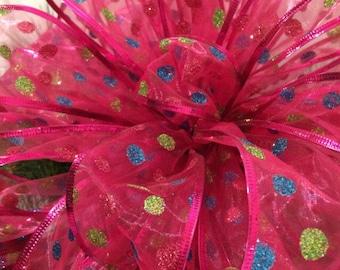 Christmas tree topper. Large Christmas tree bows. Hot pink Christmas ribbon. Christmas decor. Christmas decorations. Whimsical Christmas bow
