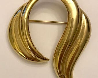Vintage MJ ENT Gold Tone Abstract Brooch Pin