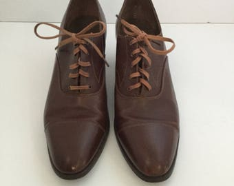 Vintage Brogue Oxford Women Lace Up Shoes, Brown Leather,  Sorosis, Miss  Marple Style, 1930s, Handcrafted LadiesFlats, Small
