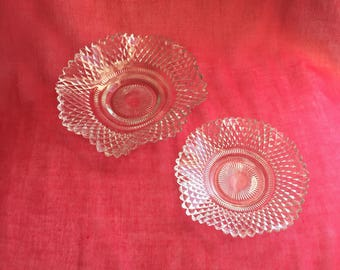 Set of 2 stacking glass candy dishes