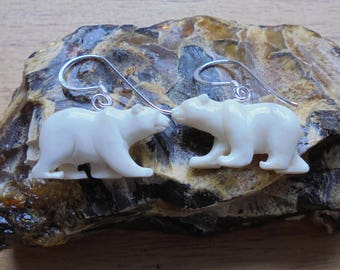 1 Pair Polar Bear Earrings, Bear Carving Bali Bone Jewelry with 925 Sterling Silver Hook BE 01