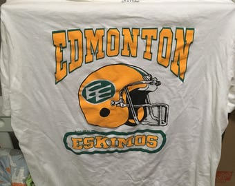 Edmonton Eskimos tshirt circa 1988.  Waves brand sz xl