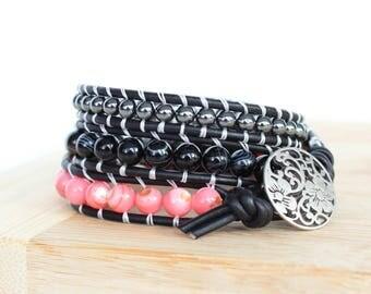 Light Pink Shell, Black Agate, Hematite Beaded Leather Wrap Bracelet / Triple Wrap Bracelet Leather / Beaded Wrap Bracelet / Wrap Leather