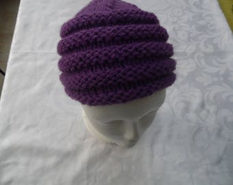 Girl Hat pattern in purple color