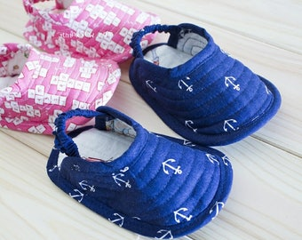 359 Norman Baby Slippers PDF Pattern