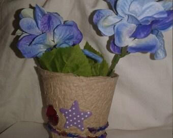 Lupus awareness vase