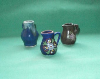 3 jugs/pitchers/for dollhouse/toy/pottery/Vintage
