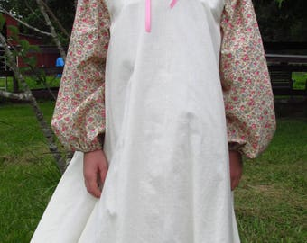 Girl's size 12 Pioneer dress