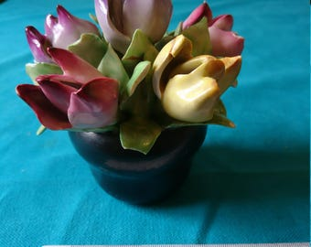 Vintage 1920s China tulips in bowl.
