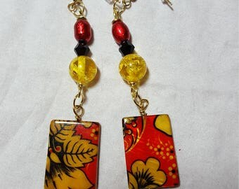 Black and Red with Rectangle Earrings Gold Tone