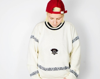 Vintage white sweater | 90s crew neck pullover mens/womens sweater | Size - M