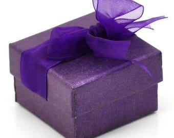 1 paper jewelry/gift box violet 48x48x30mm
