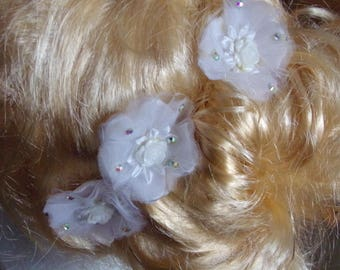 3 white tulle and satin hair pins