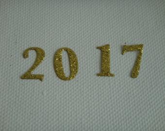 Cutting 2017 cardboard glitter gold for creation