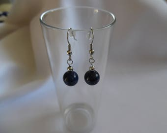 Earrings with lapis lazuli, blue night, mounted on stainless steel.