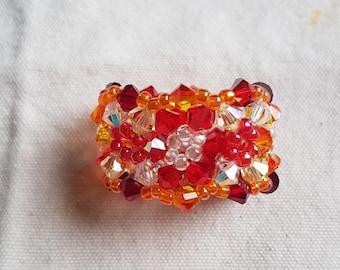 elastic ring in degree of Red swarovski crystal