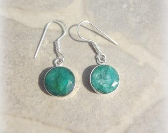 Emerald dangling earrings