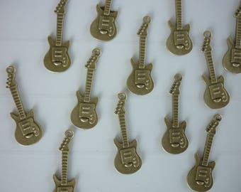 4 large bronze bronze guitar charms