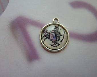 1 cabochon resin 20mm silver metal round Sagittarius zodiac sign