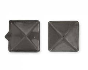 20 Clous carré à griffes noir 6 mms