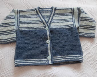 Vest 2 button 3 V opening grey blue and green
