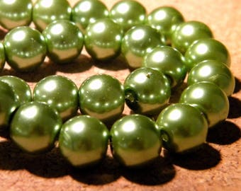 40 beads iridescent mother of Pearl glass 10 mm - Green Pearlized PF101 7