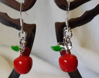 Deliciously earrings for children!