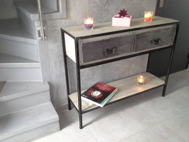 meuble industriel console. Black Bedroom Furniture Sets. Home Design Ideas