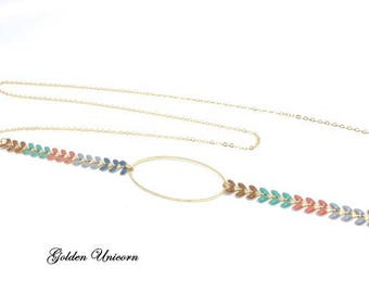 Necklace in gold tone and multicolor ear chain
