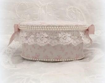 Romantic shabby jewelry box