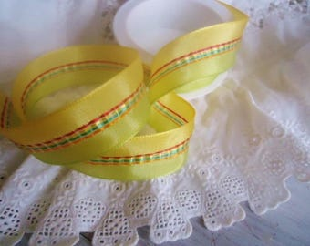 Wide ribbon festone for your creations... 1 m X 2.5 cm wide