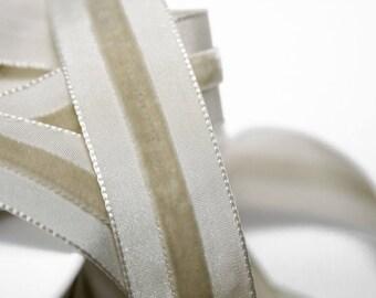 Ribbon velvet Beige 2.3 cm x 1 meter