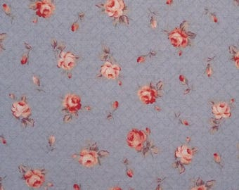 Coupon 30 x 48 cm, pink blue background, fabric brand Lecien Mrs March's collection