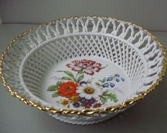 Vintage inwrought porcelain bowl,candy/fruit plate,serving dish
