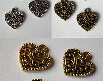 Romantic decorated metal heart charm