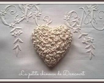 Decorative plaster heart pattern